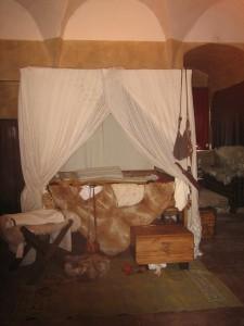 Camera da letto nella Torre del Capitano.